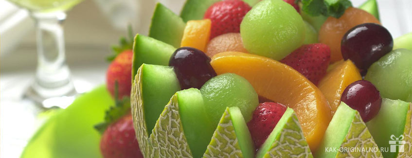 Как оригинально подарить фрукты