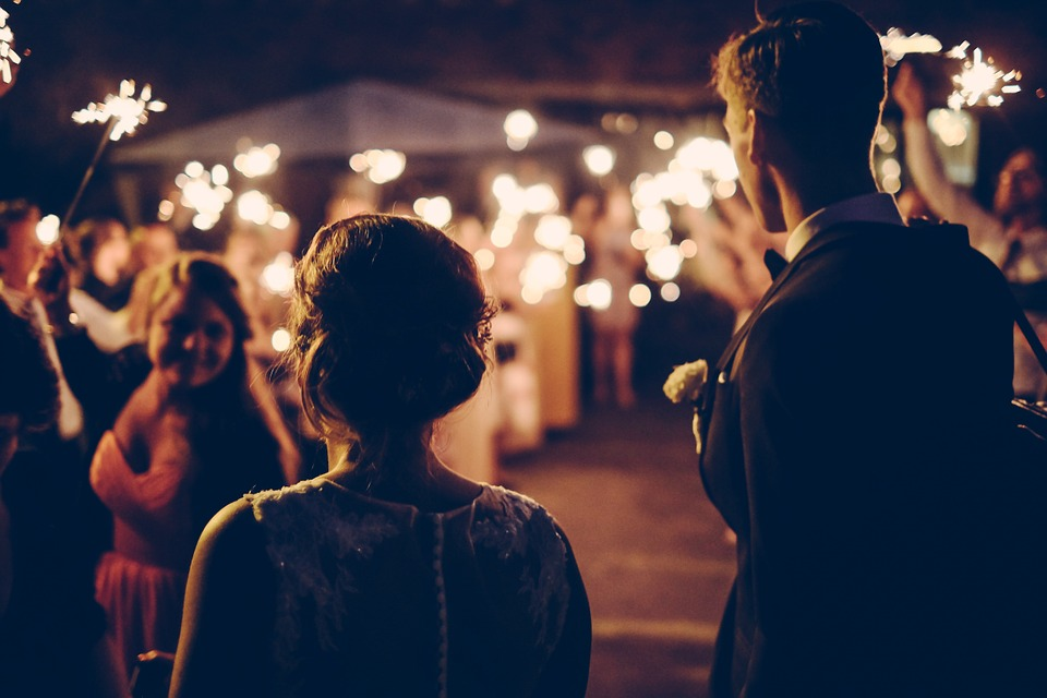 Как ярко и эффектно завершить свадебный день?